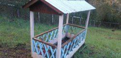Casa del sueño eterno 6 solo techo y reja corral.