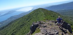 Hardy Ojeda en la cima del cerro Sarnoso