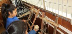 Taller telar pichi malen Escuela Termas de Puyehue