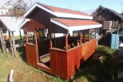 Casa-del-sueño-eterno-11-modelo-techo-reja-y-corral.